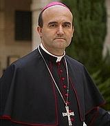 El obispo de San Sebastián pide a todos los fieles que donen una paga extraordinaria a Cáritas