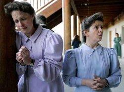 Texas quiere la custodia de una niña de la secta mormona que practica la poligamia