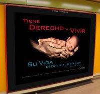 Campaña evangélica en el metro de Madrid para sensibilizar a las mujeres contra el aborto