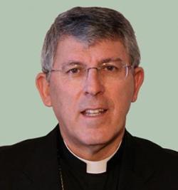 El arzobispo de Toledo pide combatir la idea de que la fe en Dios impide disfrutar de la vida