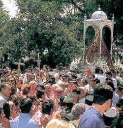 La conversión masiva de gitanos a la fe evangélica hunde la asistencia a la Romería de Cabra