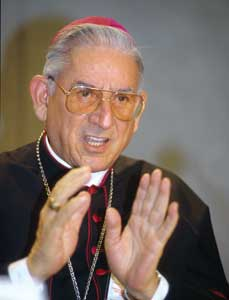 El cardenal Castrillón asegura que el Papa le dijo que no tiene ningún problema con el rito extraordinario