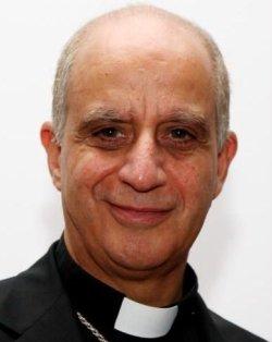 Varios miembros de la Pontificia Academia para la Vida piden abiertamente el cese de Monseñor Fisichella
