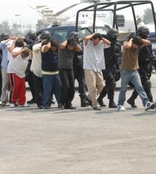 Capturan a miembros de un cártel mexicano de narcotraficantes mientras estaban en misa
