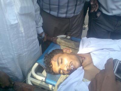 La policía paquistaní carga contra los asistentes al funeral de un cristiano asesinado por funcionarios de prisiones