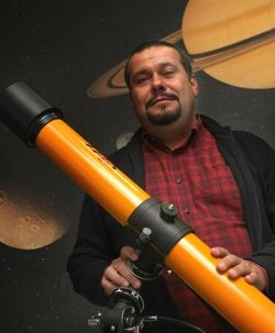 La Mañana de Cope ficha como colaborador a Javier Armentia, científico ateo anticlerical