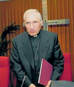 El Cardenal Rouco recuerda que la Iglesia colabora constantemente a paliar los efectos de la crisis
