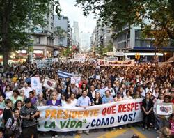 Primer mes de la ley abortista en Uruguay: doscientos asesinados legalmente antes de nacer