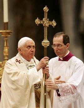 El maestro de ceremonias del Papa pide una nueva reforma litúrgica en línea con la tradición de la Iglesia