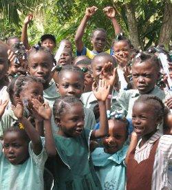 Los obispos de Haití aseguran que muchas familias del país siguen huyendo como huyó la Sagrada Familia
