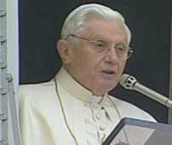Benedicto XVI: «La caridad es el distintivo del cristiano»