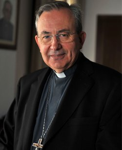 Monseñor Algora: «La Iglesia es muy solidaria con quienes más hondamente sufren la crisis»