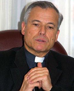 Un arzobispo chileno moviliza a los fieles contra el adoctrinamiento propuesto por el lobby gay