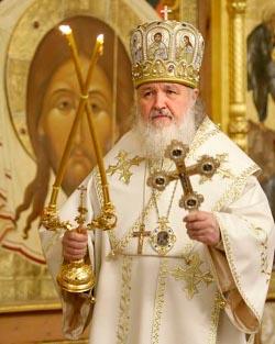Los ortodoxos rusos rezan y se manifiestan contra la campaña de anticlericalismo que vive su nación