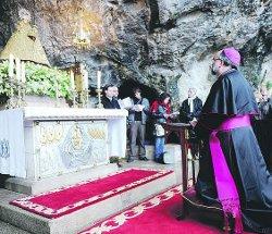 Monseñor Sanz Montes: «Más de 70.000 parados en Asturias me parecen de verdad un estigma»