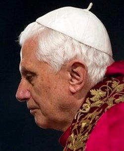 Benedicto XVI ve signos que indican un despertar del sentido religioso