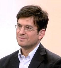 El filósofo Fabrice Hadjadj asegura que los medios más antipapistas acaban por favorecer al Papa
