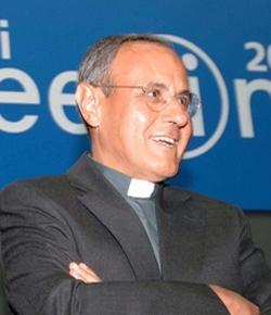Julián Carrón es reelegido como presidente de Comunión y Liberación