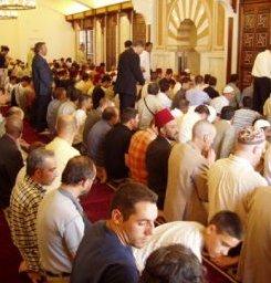 Izquierda Unida pretende que la Catedral de Córdoba esté abierta al culto musulmán