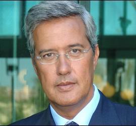 Cope anuncia la salida de Sáenz de Buruaga del programa «La Mañana»