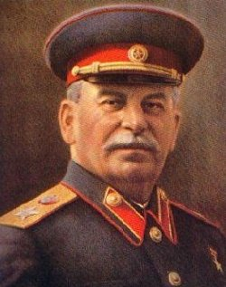 «Ningún logro de la Unión Soviética, incluyendo la victoria sobre el fascismo, puede justificar los crímenes de Stalin»