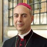 El Papa nombra a Mons. Dominique Mamberti como nuevo Prefecto de la Signatura Apostólica
