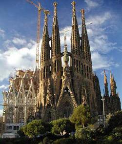 Aseguran que una cadena humana a favor de la independencia de Cataluña pasará por el interior de la Sagrada Familia