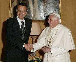 Zapatero anunciará hoy a Benedicto XVI el retraso de la ley de libertad religiosa