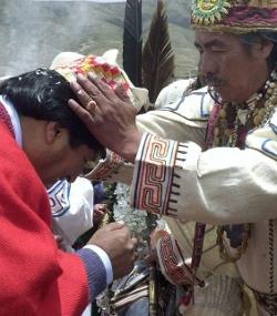 Detienen al chamán de Evo Morales por narcotráfico