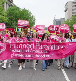 Denuncian que Planned Parenthood y otros abortistas «enfilan» contra las minorías raciales y étnicas