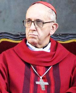 Card. Bergoglio: «En las mismas puertas de las escuelas se vende muerte»