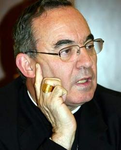 Denuncian al arzobispo de Tarragona por unas declaraciones sobre la homosexualidad conformes al Magisterio de la Iglesia