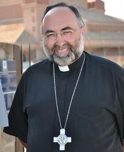 Mons. Sanz Montes: «¿Hay un voto católico?»