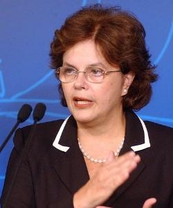 Parlamentarios cristianos fuerzan a la presidenta de Brasil a retirar el «kit anti-homofobia» de las escuelas