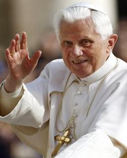 El Papa afirma que la familia debe ser considerada patrimonio principal de la humanidad