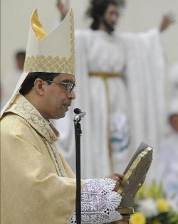 El Arzobispo de San Salvador pide a los candidatos presidenciales un plan de lucha contra la delincuencia