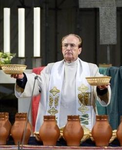 El teólogo liberal Gotthold Hasenhüttl abandona la Iglesia Católica