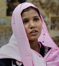 Asia Bibi: «Papa Francisco, reza por mí»