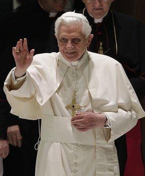 El Papa pide a los africanos no caer en la tenebrosa mentalidad relativista y nihilista presente en otras zonas del mundo