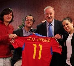 Vicente del Bosque co-protagoniza la campaña de Navidad de la JMJ Madrid 2011