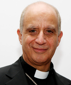 Mons. Fisichella presenta la «Misión Metrópolis» para combatir la secularización de Europa