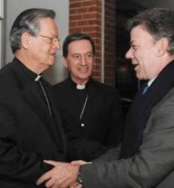 Colombia pide a la Iglesia ayuda para recomponer la sociedad y crear «barreras éticas y morales»