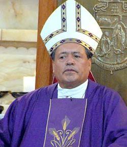 El Cardenal Rivera critica que la televisión presente a los capos mafiosos como hombres de éxito