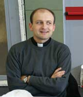El párroco de Sant Celoni deja el patronato del hospital de su localidad porque practica abortos