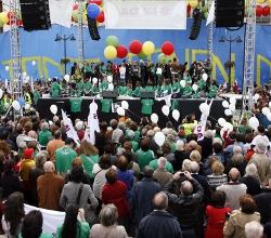 Decenas de miles de personas dicen «sí a la vida» en Madrid