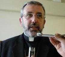 El Arzobispo de Arequipa pide de nuevo que no se vote a candidatos favorables al aborto y el matrimonio gay