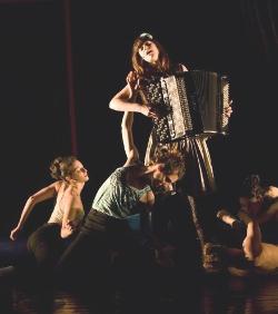 El Teatre Nacional de Catalunya vuelve a arremeter contra la Iglesia en un nuevo montaje