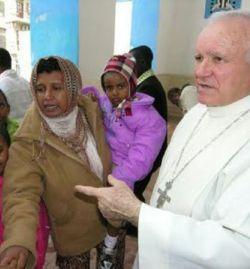 Mons. Martinelli insiste en calificar de inmoral la intervención militar en Libia