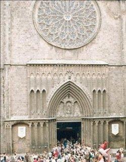 Finalizan las obras de restauración de la basílica de Santa María del Pi en Barcelona