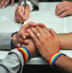 El Supremo de EE.UU suspende temporalmente el «matrimonio» homosexual en Utah